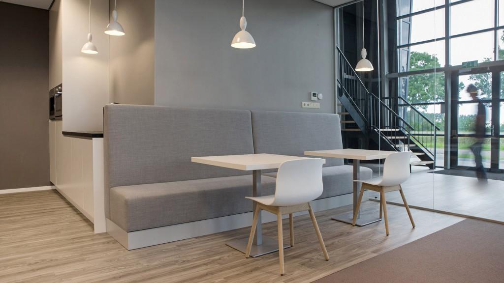 Kantoorinrichting jb stage bert harmens - Moderne kantoorbureaus ...
